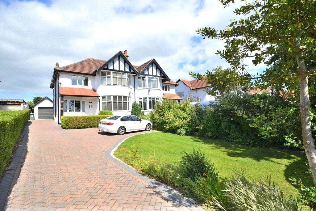 4 Bedrooms Semi Detached House for rent in Kings Road, Bramhope, Leeds, West Yorkshire