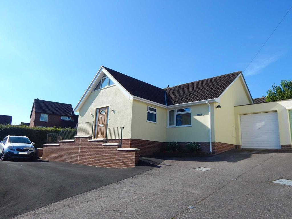 3 Bedrooms Detached Bungalow for sale in Hillhead, Colyton, Devon