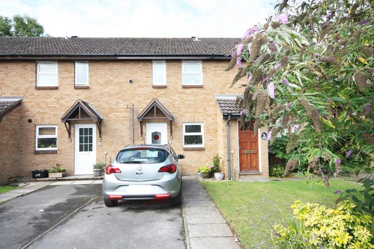 2 Bedrooms Terraced House for sale in Spartina Drive, Lymington SO41