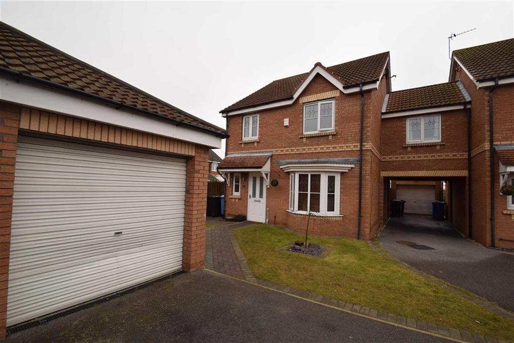 3 Bedrooms Link Detached House for sale in Eildon Hills Close, Castle Grange, Hull, HU7