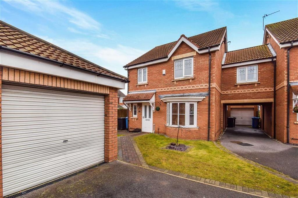 3 Bedrooms Link Detached House for sale in Eildon Hills Close, Castle Grange, Hull, HU7