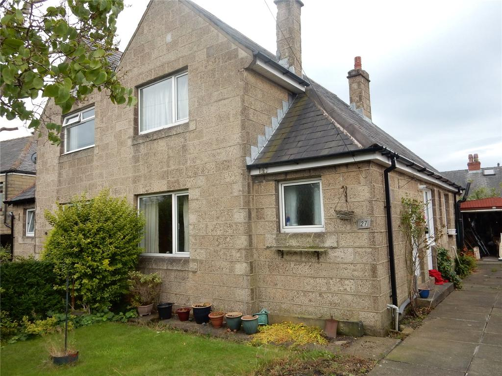 2 Bedrooms Semi Detached House for sale in Ayton Road, Longwood, Huddersfield, HD3