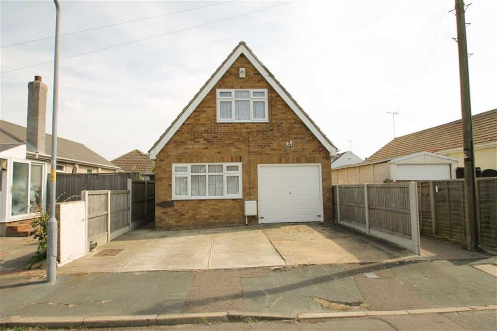 3 Bedrooms Chalet House for sale in Glebe Way, Jaywick