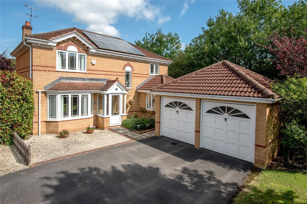 4 Bedrooms Detached House for sale in Craig Lea, Taunton, Somerset