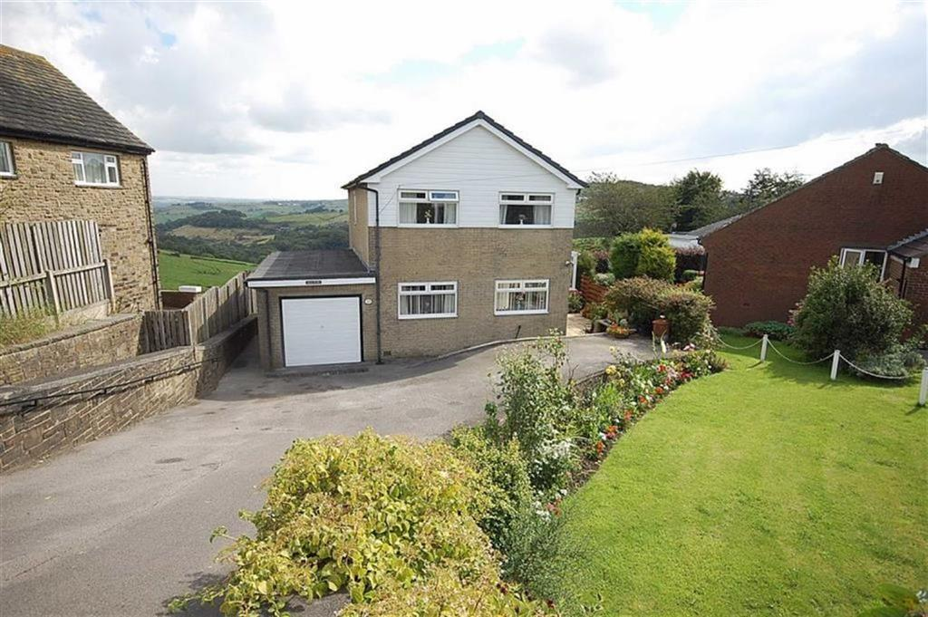 3 Bedrooms Detached House for sale in Green Lane, Sowood, HX4