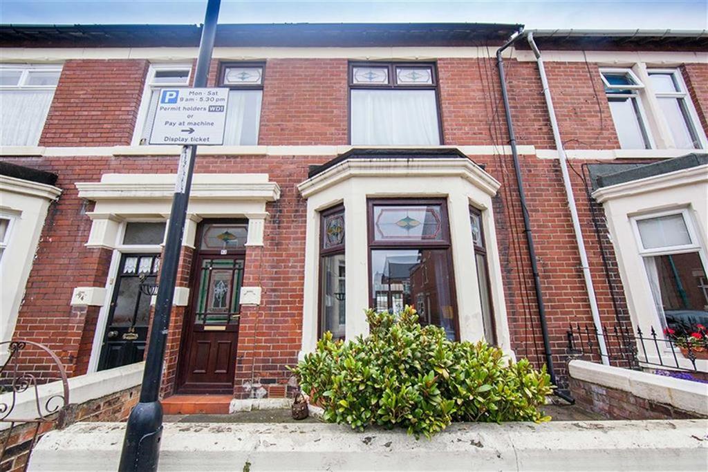 6 Bedrooms Terraced House for sale in Laburnum Avenue, Wallsend, Tyne Wear, NE28