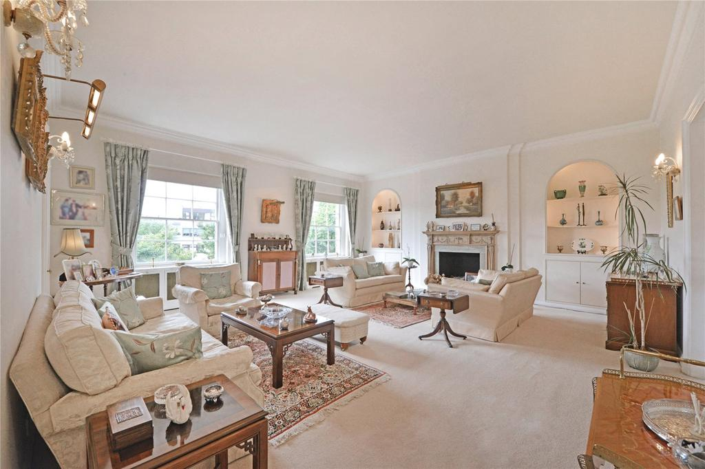 5 Bedrooms Flat for sale in Connaught Square, Hyde Park Estate, London