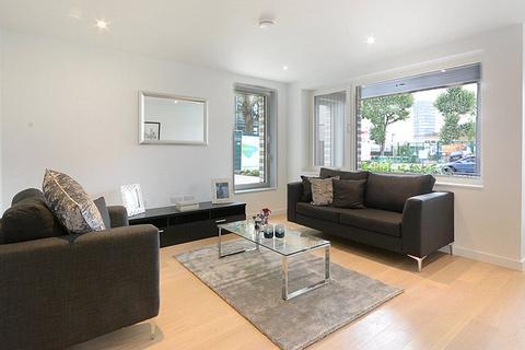 3 bedroom maisonette to rent - Elephant and Castle, London, SE17