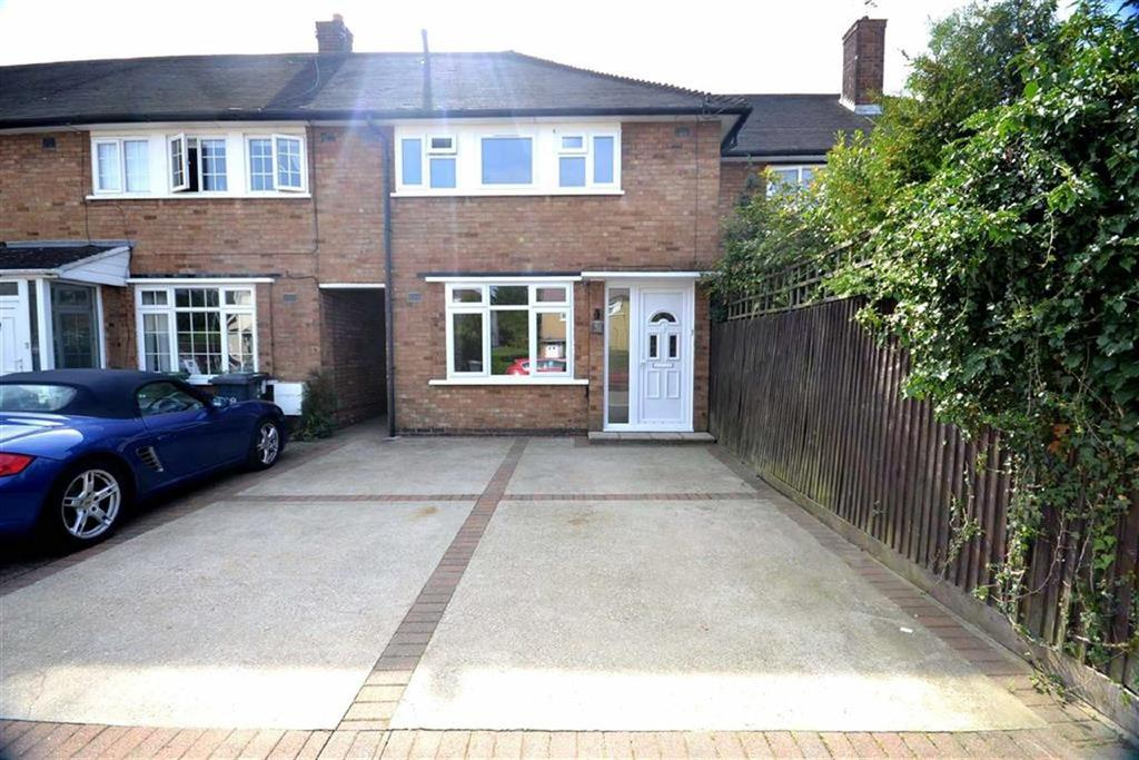 3 Bedrooms Terraced House for sale in Wetherby Road, Borehamwood