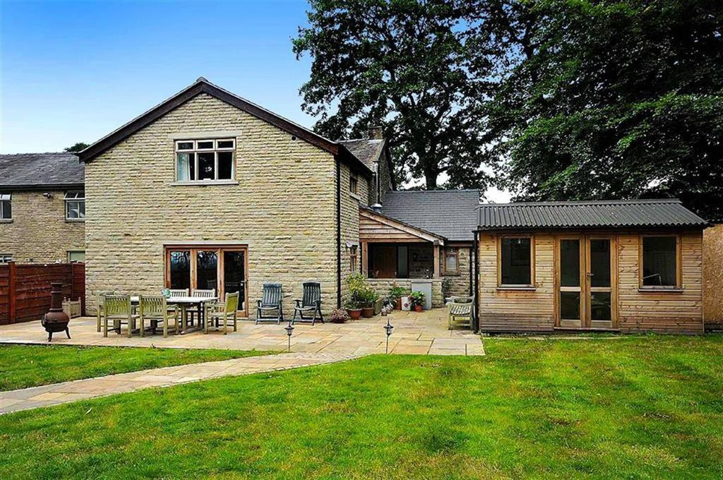 3 Bedrooms Country House Character Property for sale in Jackson Lane, Kerridge, Macclesfield