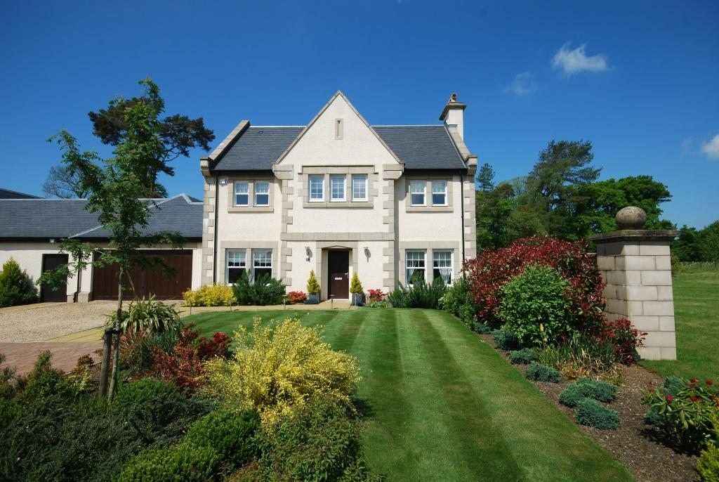 5 Bedrooms Detached Villa House for sale in 23 Rowallan Castle Estate Kilmaurs Road, Fenwick, KA3 2DP