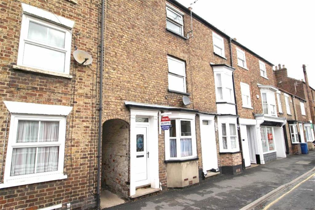 3 Bedrooms Town House for sale in George Street, Driffield, East Yorkshire
