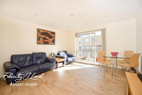 2 bedroom flat to rent - Sail Court