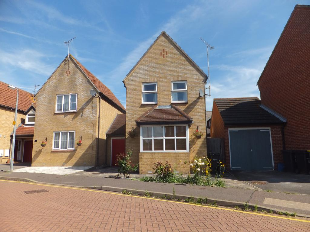 2 Bedrooms Link Detached House for sale in Spindle Beams, Rochford SS4