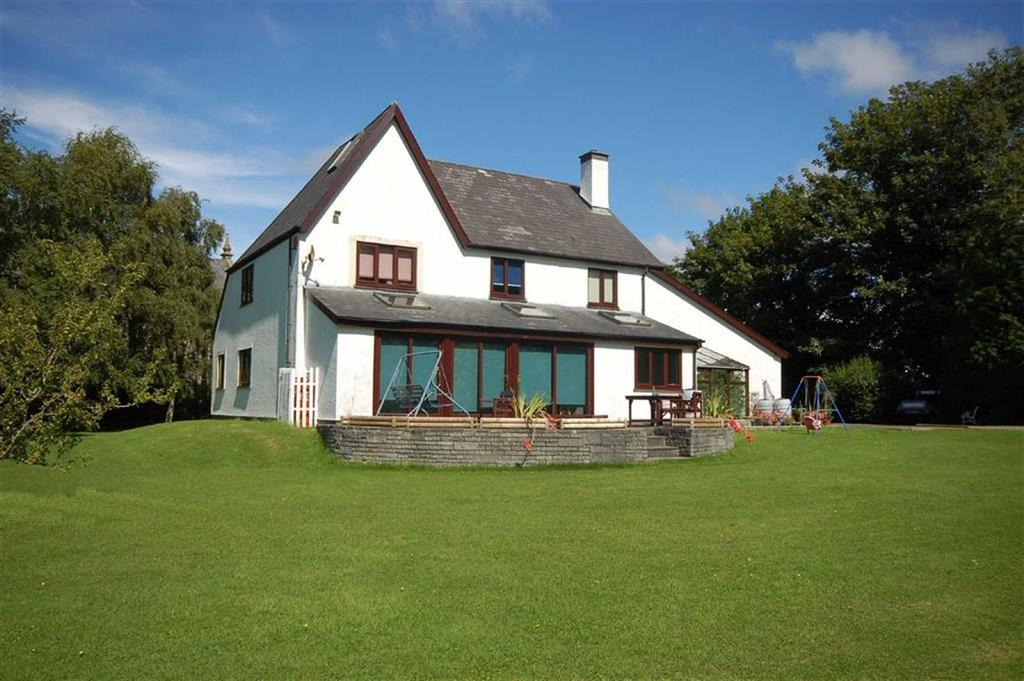 5 Bedrooms Detached House for sale in Cae Pant, Rhydyfelin, Aberystwyth, Ceredigion, SY23