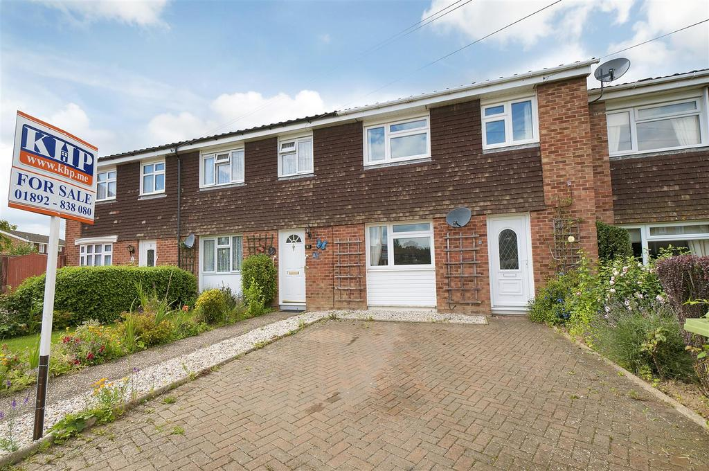 3 Bedrooms Terraced House for sale in Tutsham Way, Paddock Wood