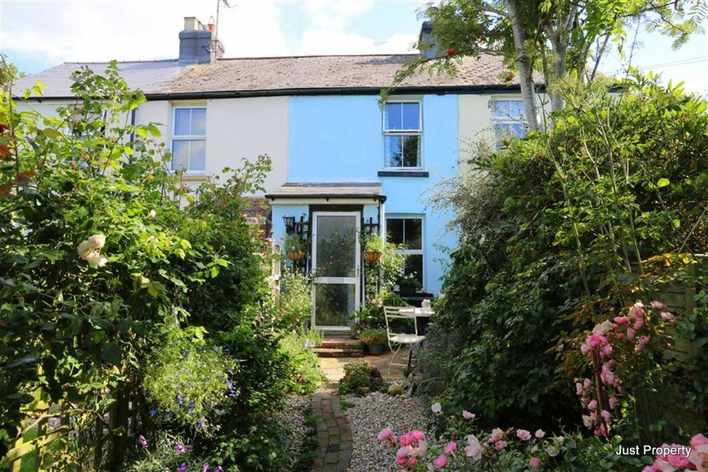 2 Bedrooms Cottage House for sale in Fairlight Road, Hastings
