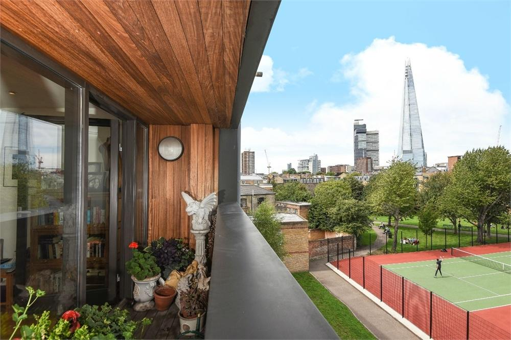 2 Bedrooms Flat for sale in Bell Yard Mews, Bermondsey Street, London Bridge, SE1
