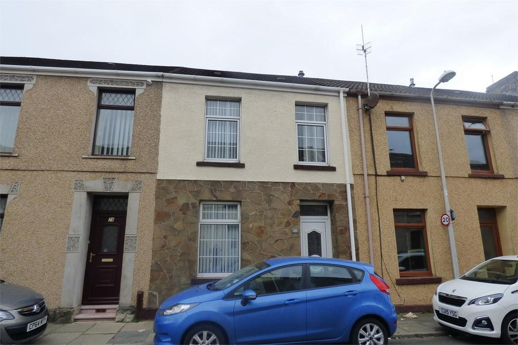 2 Bedrooms Terraced House for sale in George Street, Llanelli, Carmarthenshire