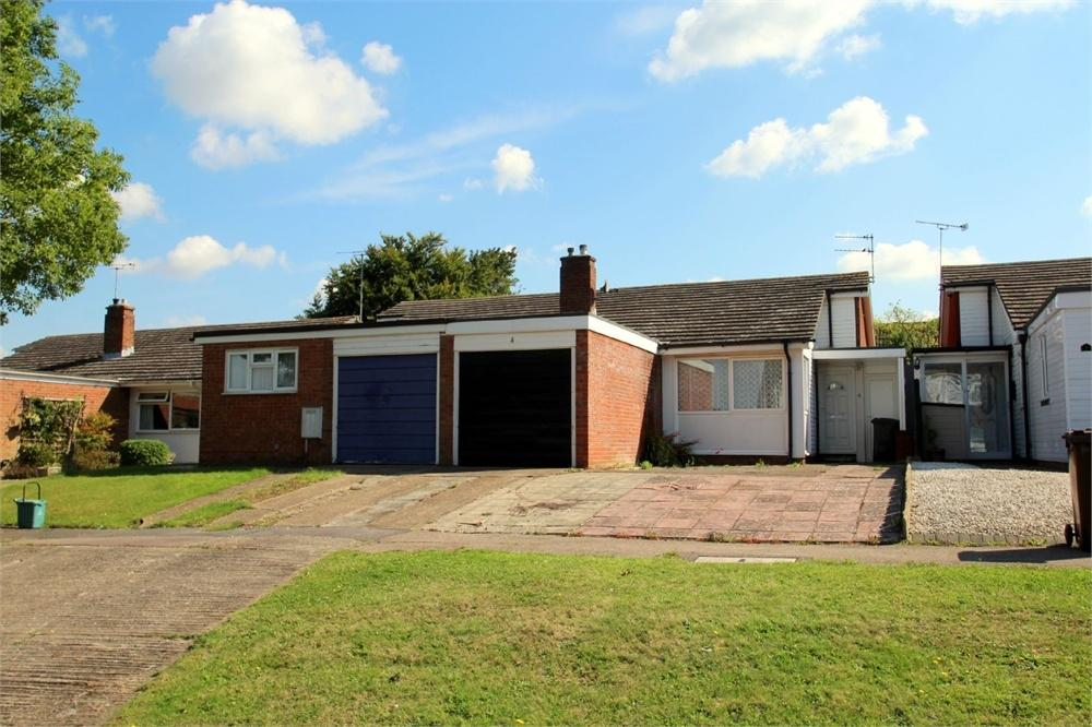 2 Bedrooms Semi Detached Bungalow for sale in Greenacres, Colchester, Essex