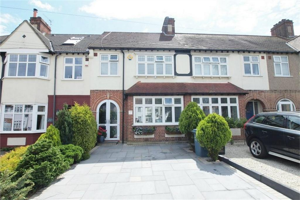 3 Bedrooms Terraced House for sale in Silver Lane, West Wickham, Kent