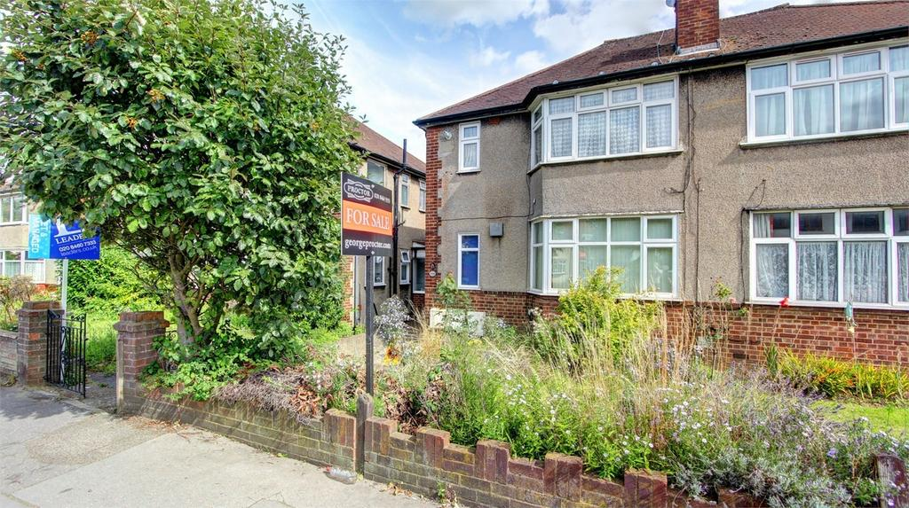 2 Bedrooms Maisonette Flat for sale in Homesdale Road, Bromley, Kent