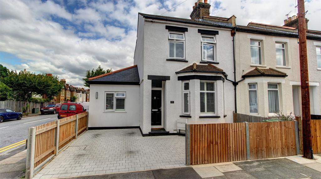 3 Bedrooms End Of Terrace House for sale in Mosslea Road, Bromley, Kent