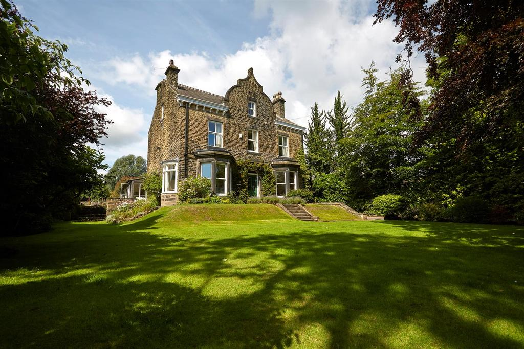 7 Bedrooms Detached House for sale in North Road, Horsforth, Leeds