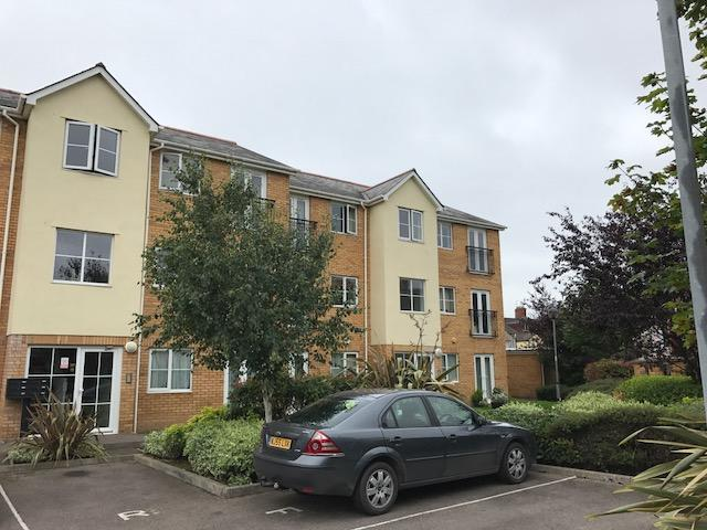 2 Bedrooms Apartment Flat for sale in Richards Terrace, Cardiff