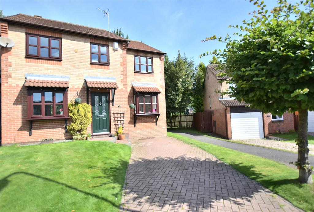 4 Bedrooms Semi Detached House for sale in Festival Park