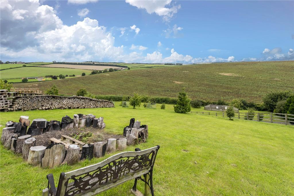 5 Bedrooms Detached Bungalow for sale in Winterborne Stickland, Blandford Forum, Dorset
