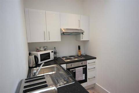 1 bedroom apartment to rent - Front Flat, Eastern Road, Brighton