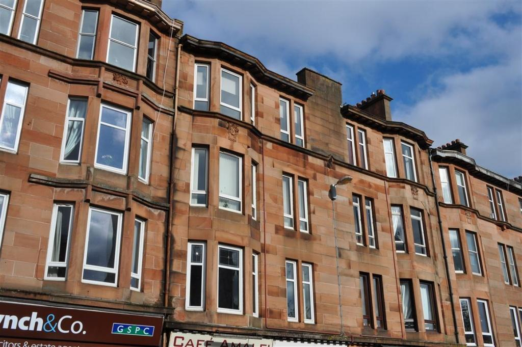 2 Bedrooms Flat for sale in Flat 3/2, 23 Carmunnock Road, Mount Florida, G44 4TZ