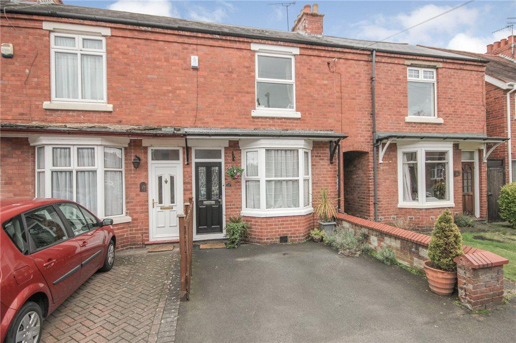 3 Bedrooms Terraced House for sale in Beech Road, Norton, Stourbridge, West Midlands, DY8