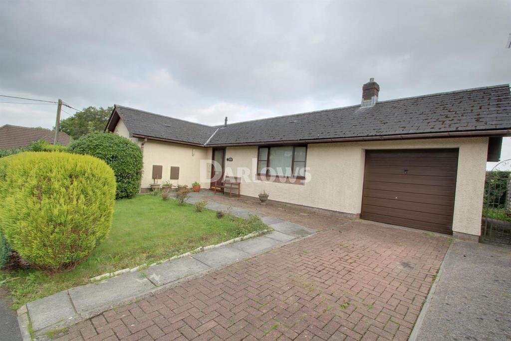 2 Bedrooms Bungalow for sale in Kingsacre, Llantwit Fadre