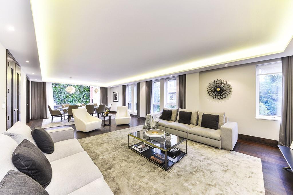 3 Bedrooms Flat for sale in Logan House, Logan Place, Kensington, London, W8