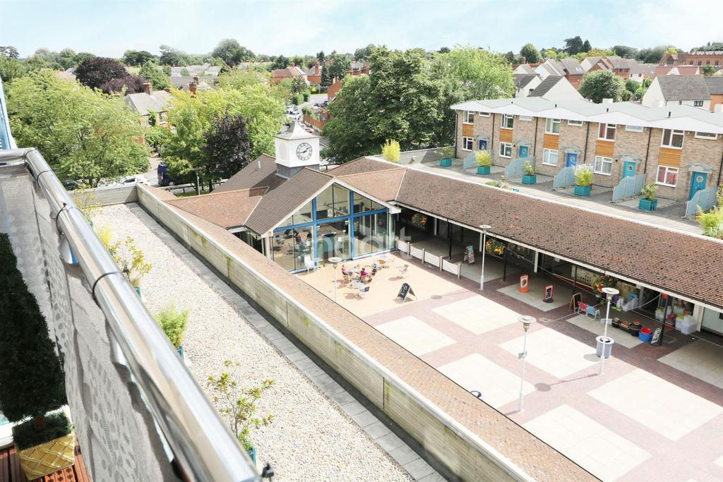 1 Bedroom Flat for sale in The Vineyards, Great Baddow, Chelmsford
