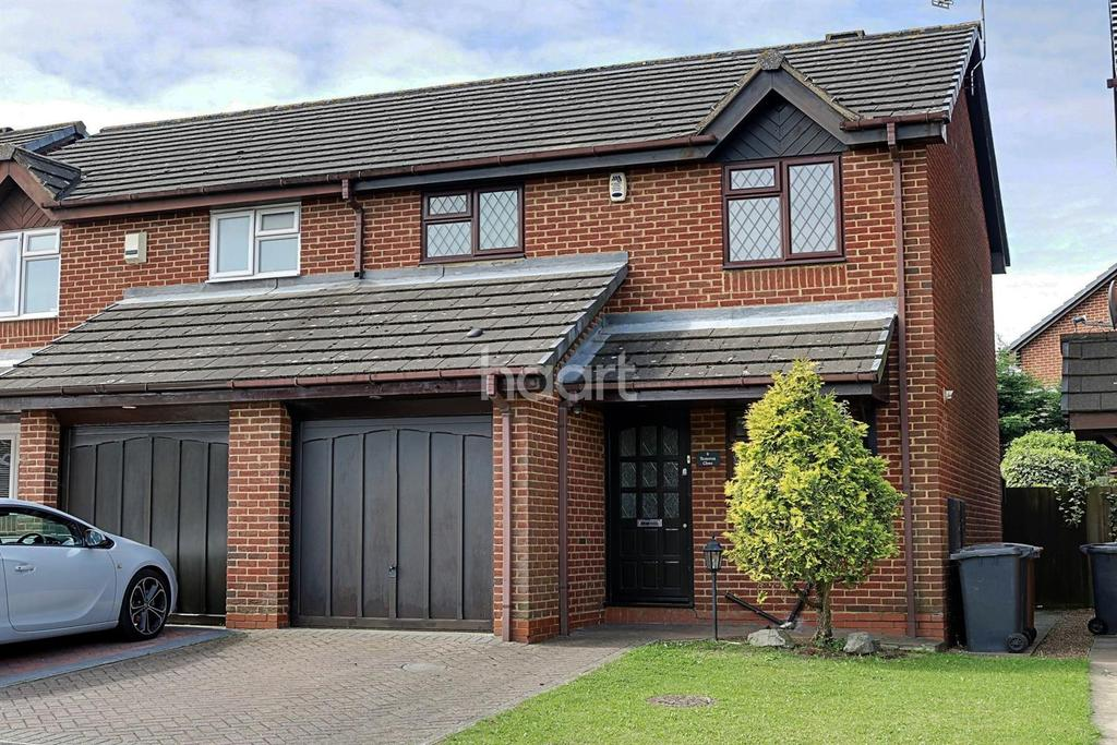 3 Bedrooms Semi Detached House for sale in Extended In Wigmore Downs