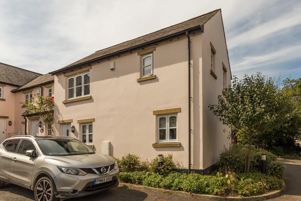 2 Bedrooms End Of Terrace House for sale in 8 Cark House Court, Cark In Cartmel, Grange-Over-Sands, Cumbria, LA11 7PE