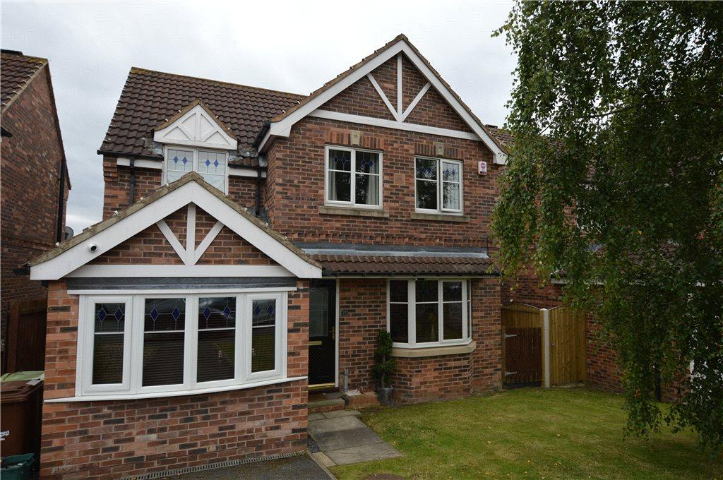 3 Bedrooms Detached House for sale in Larkspur Way, Wakefield, West Yorkshire