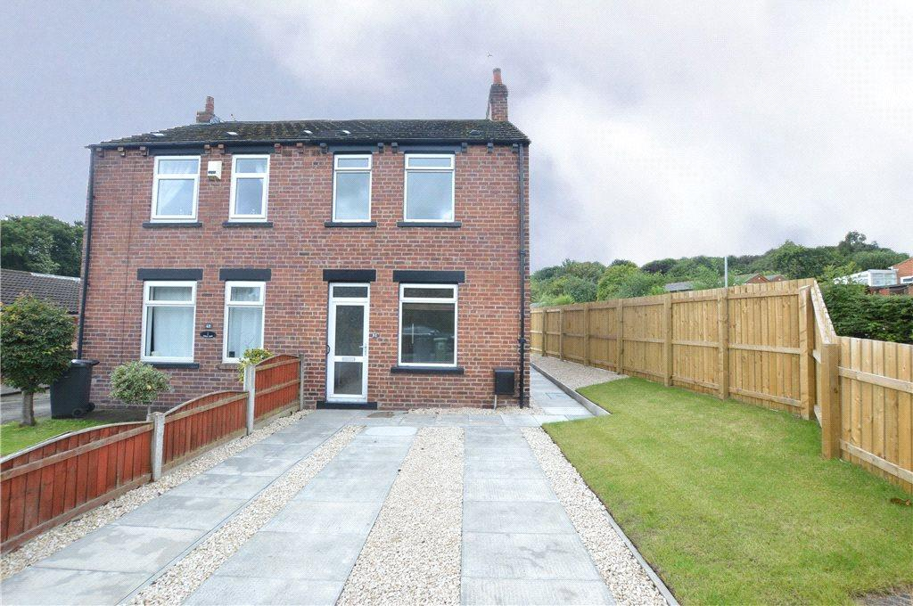 3 Bedrooms Semi Detached House for sale in Westfield Lane, Kippax, Leeds, West Yorkshire