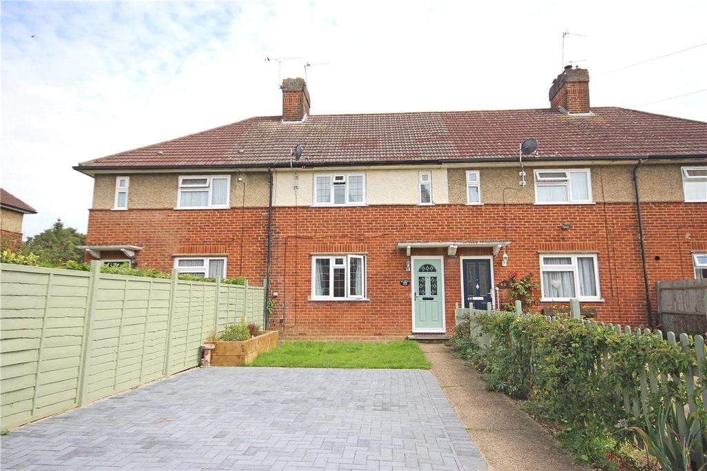 3 Bedrooms Terraced House for sale in Lybury Lane, Redbourn, St. Albans, Hertfordshire
