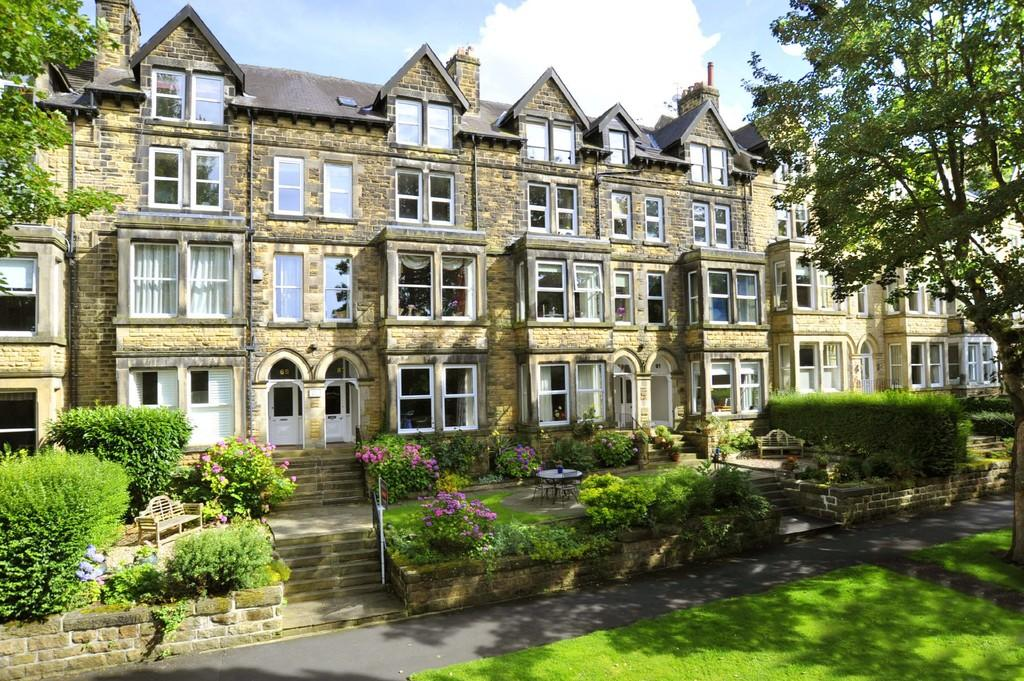 2 Bedrooms Apartment Flat for sale in Valley Drive, Harrogate