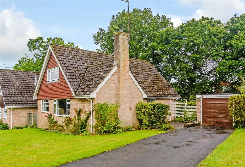 4 Bedrooms Detached House for sale in Gorselands, Newbury, Berkshire, RG14