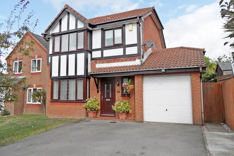 3 bedroom detached house for sale - Arrow Close, Woolston, Southampron, SO19 9TR