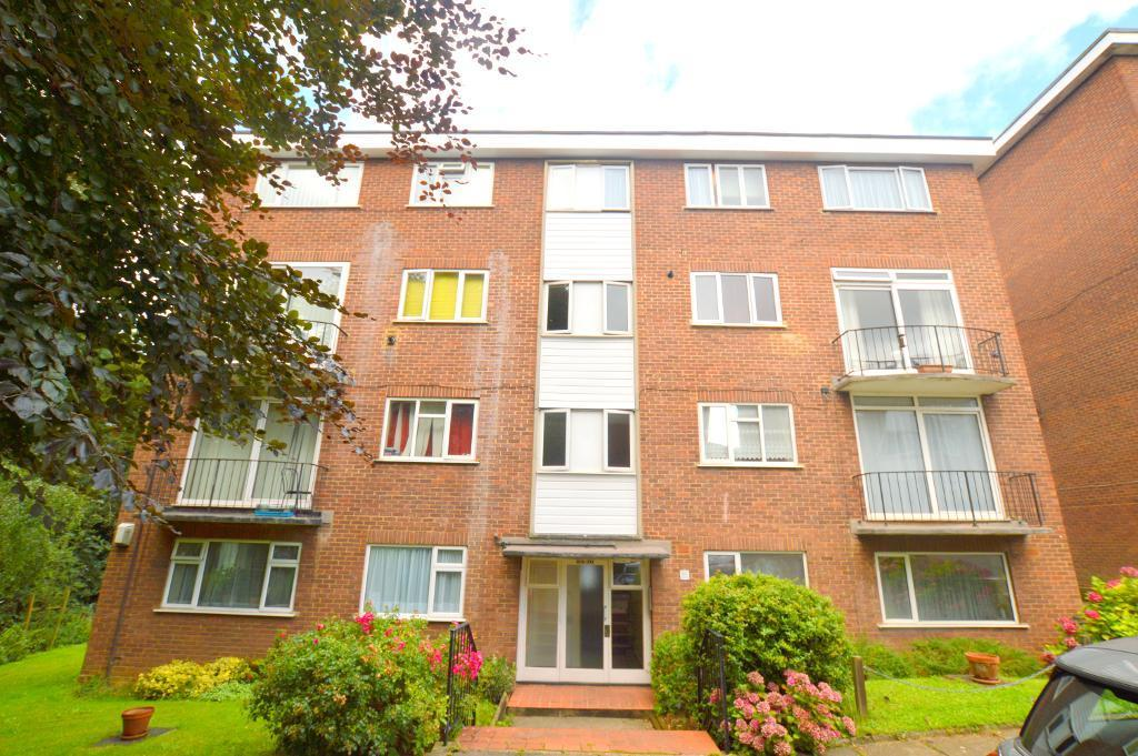 2 Bedrooms Apartment Flat for sale in The Larches, Luton, LU2 7PX