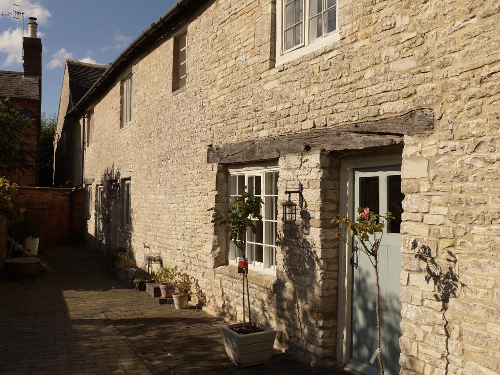 3 Bedrooms Cottage House for sale in Rogers Lane, Ettington, Stratford-Upon-Avon