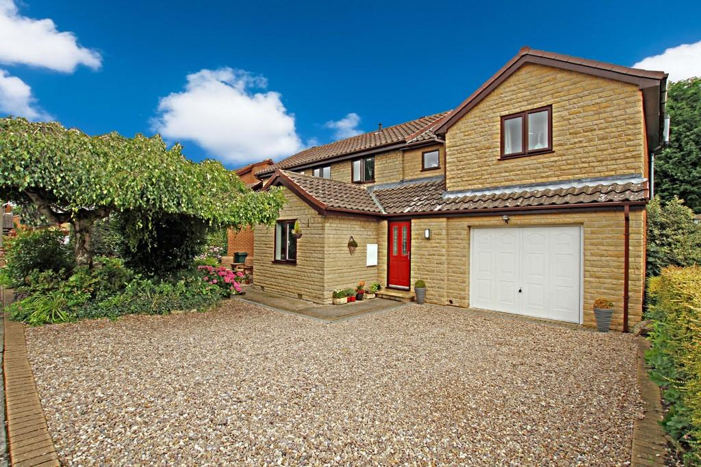 5 Bedrooms Detached House for sale in Herril Ings, Tickhill