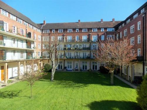 2 Bedrooms House for sale in Flat , Norbury House, Droitwich WR9