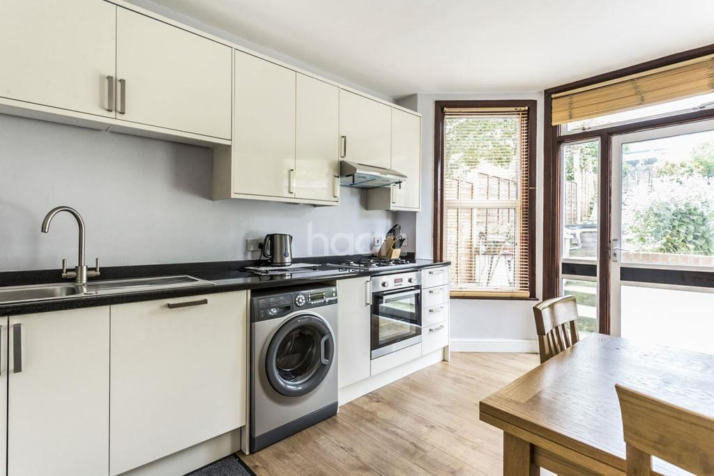 7 Bedrooms Terraced House for sale in Romola Road, Herne Hill, SE24